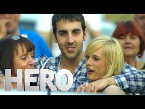 Matt Throws A Spontaneous Street Party – Derren Brown: Hero at 30,000 Feet
